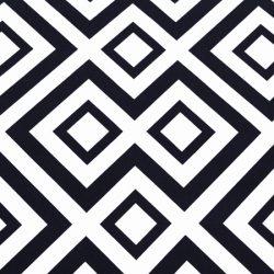 Mantel Geometric Negro